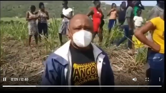 Photo of Video Hombre mata su compañera sentimental y la multitud lo mata a él en El Seibo.