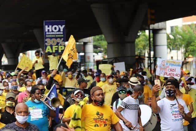 Photo of Pedro Botello advierte si Senado no aprueba el 30%, se despertará la rabia en la sociedad