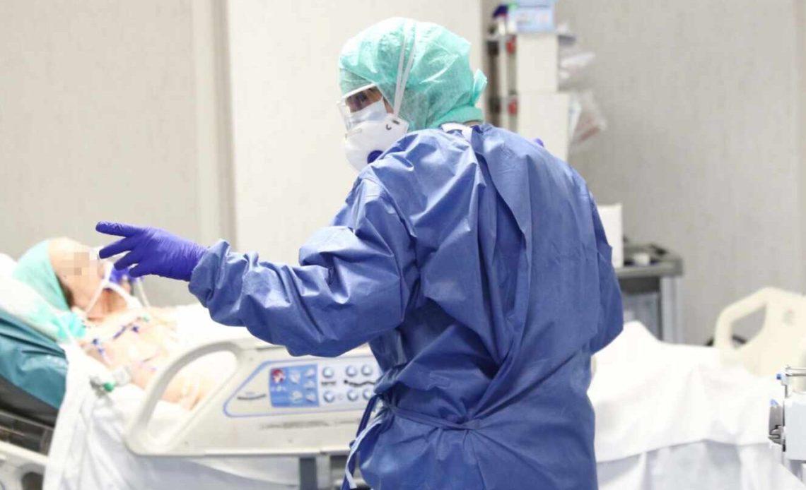 Photo of 17 muertos y 302 contagiados por COVID 19 en última 24 horas en RD