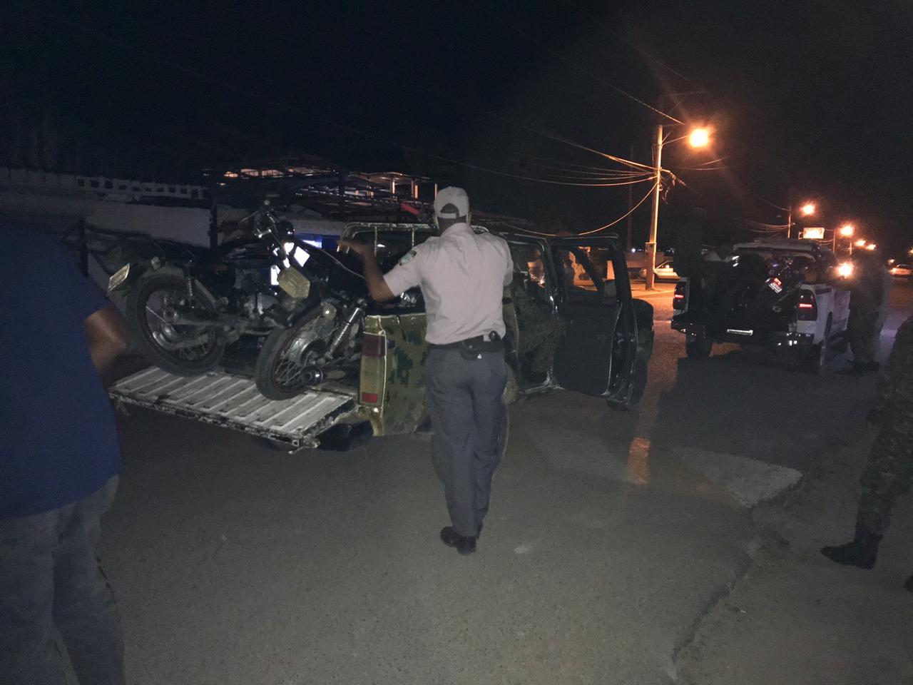 Photo of Policía nacional realiza amplio operativo en Montecristi